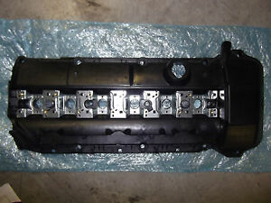 Bmw Valve Cover Cylinder Head Cover With Gasket E46 3 Series E53 X5 Z3 Oem