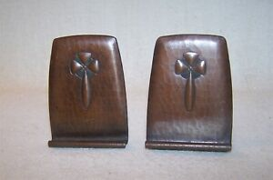 Fine Pair Of Antique Roycroft Hand Hammered Copper Bookends Book Ends Estate