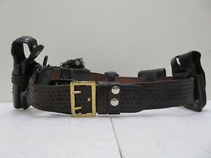 Bianchi b52 Leather Police Security Duty Belt Size 40 With 6 Accessories