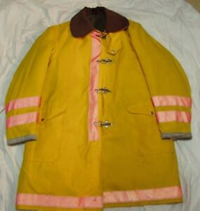 Globe Firefighter Turnout Gear Bunker Coat Jacket Size 48 X 40 Fire Protection