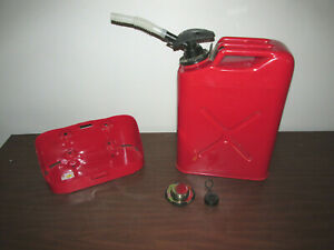 Blitz Military Style Metal Jerry Can 5 Gallon Gas Can With Can Holder