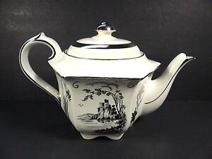 Vintage Sadler Teapot With Lid 1841 J English Castle Theme With Silver Flowers