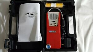 Tif Tif8800a Combustible Gas Detector With Case Charger With New Batteries