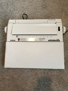 Brother 320 Correctronic Electronic Typewriter Tested Works Great