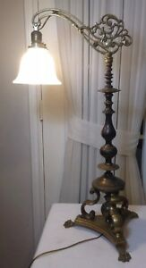 Antique Vintage Hubley 391a Art Bridge Brass Table Lamp W Frosted Glass Shade