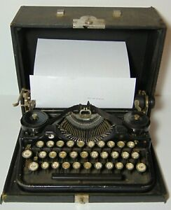 Working Vintage 1928 Underwood Manual Portable Typewriter Serial Number 205449