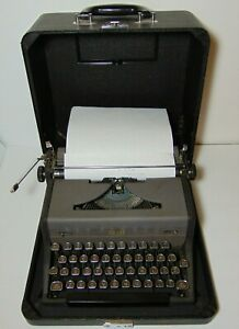 Working Vtg 1948 Royal Arrow C Model Portable Typewriter Serial Number C 1630870