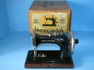 Vintage National The American Girl Child S Sewing Machine Toy W Box