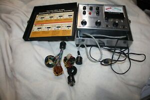 Vintage Sencore Cathode Ray Tube Crt Champion Model r143 With 2 Harnesses