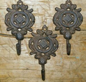 3 Cast Iron Antique Style Victorian Coat Hooks Hat Hook Rack Towel Hanger