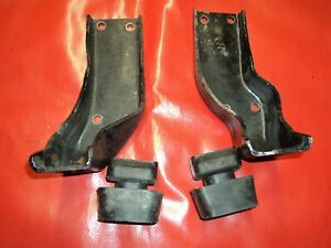 Corvette 1957 1958 1959 1960 1961 1962 Upright Motor Mounts W Rubber Cushions