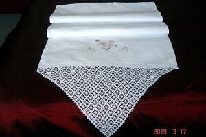 Pair White Pure Cotton Pillowcases Vintage Crocheted Lace Embroidery Pristine