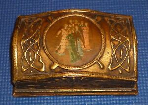 Florentine Italy Toleware Gilded Gilt Painted Footed Wood Trinket Box Angels
