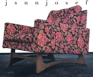 Bold Low Slung Mid Century Adrian Pearsall Style Lounge Chair