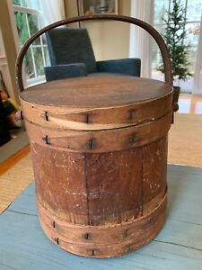 Primitive Firkin Antique Four Finger Wooden Sugar Soap Bucket Swinging Handle