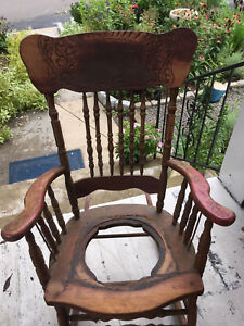 Early American Rocker With Cane Seat A Restoration Item For A Nice Antique