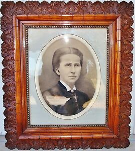 Large 30 X 26 1 2 Antique Victorian Oak Wood Gesso Picture Frame