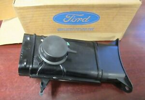 1984 86 Nos Mustang 4 cylinder Air Cleaner Duct Vent Assembly