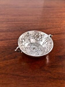 German Storck Sinsheimer 800 Solid Silver Jewelry Nut Dish Repousse Hanau