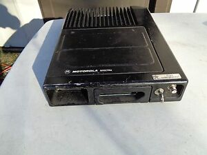 Motorola Spectra Mobile Trunk Radio Ta9gx 078w With Mic Speakers Head Control