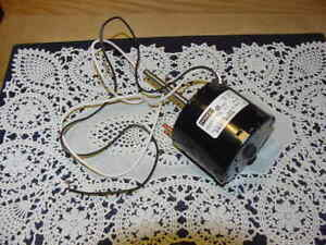 Fasco Ac Motor Model 71637511 115 Volts 60 Hz 1550 Rpm Thermally Protected