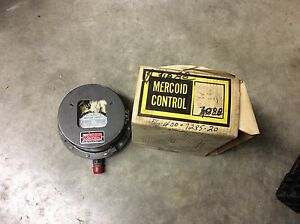 Mercoid Control Pg 2 pg 79381 Pressure Switch 120vac 6a Range P2