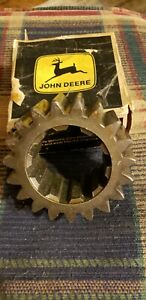 John Deere A 60 Tractor Differential Drive Pinion Gear A3802r
