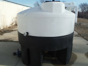 Crown Solutions 750 Gallon Poly Tank With Heating Coil And Several Ports