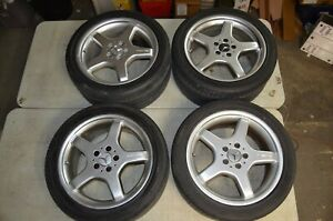 Set Of 4 Mercedes Benz Amg 18 Authentic Factory Oem Wheels Rims W Center Caps