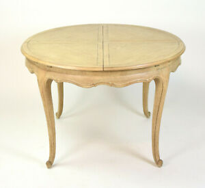 Fabulous Vintage Oak Expanding Mechanical Round Dining Table Concealed Leaves