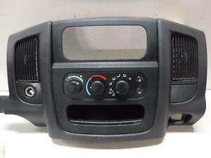 2003 2004 Dodge Ram Centre Dash Bezel W Heater Control Outlet Charcoal Oem