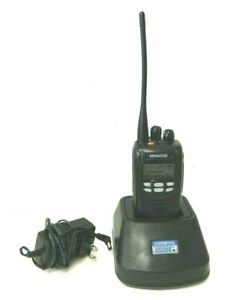 Kenwood Nx 300 k Uhf Two Way Radio W Battery Charger Antenna 450 520 Mhz