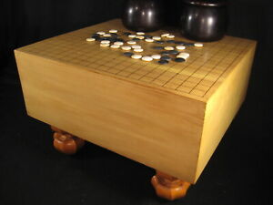 Vintage Japanese Thick Kaya Wood Go Game Board Goban Hand Carved Wooden Legs