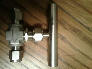 Flolok Needle Valve 118 316 1 4 Tx X 1 4 T With Tbar Handle
