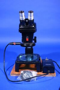 Bausch Stereo Zoom Dissecting Microscope With Cold Light Source