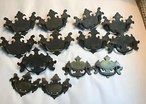 Vintage 1940 S Flat Chippendale Batwing Drawer Pulls 8 With Screws 4 Small