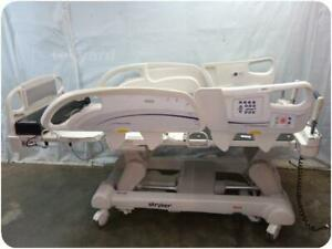 Stryker Intouch Electric Critical Care Hospital Patient Bed 217497