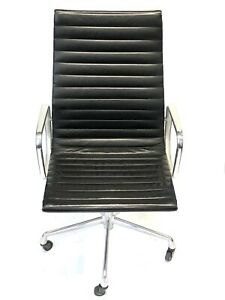 Two 2 Herman Miller Authentic Black Leather High Back Management Group Eames