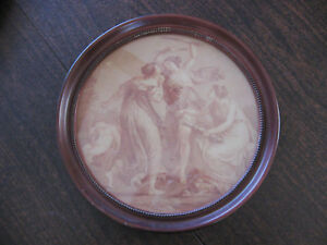 Round Wood Detailed Picture Frame With Victorian Lady Picture W Glass