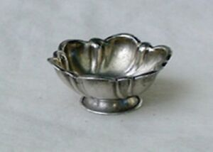 Antique Bsc Sterling Silver Salt Cellar Dish 10 72 G