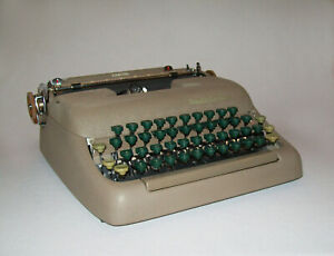 Vtg 1940s Smith Corona Sterling Typewriter Manual Portable W Case Works Great