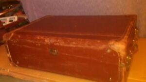 Vintage Brown Leather Wardrobe Steamer Trunk Suitcase Grip Traveler S Luggage