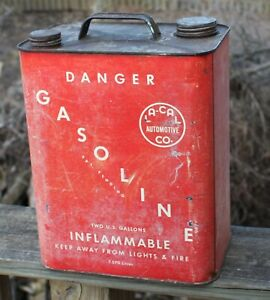 Vintage La cal Automotive Co Gas Can 2 Gallon Danger Gasoline Imflammable Red
