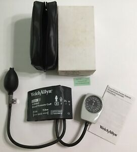 Welch Allyn Tycos Child Sphygmomanometer Ce0050 With Case