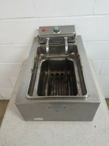 Wells F49 Electric Counter Top Fryer 208 240 Volt 1 Phase Tested