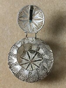 Vintage Sterling Silver Filigree Pill Box Italy 925