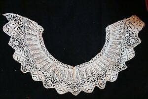 Antique Silk Lace Maltese Bertha Collar