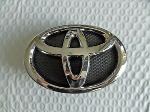New For Toyota Yaris Sedan 2006 2014 Grille Emblem 75301 52080 Free Shipping