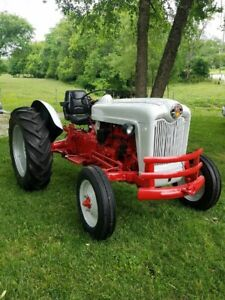 1957 Ford 601 Tractor 600 Series