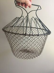 Vintage Antique Country Woven Wire Collapsible Hanging Egg Basket 9 Diameter